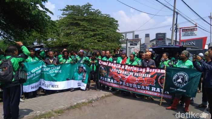 Demo driver ojek online/Foto: Muhajir Arifin