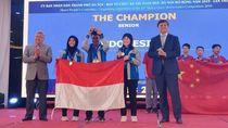 Hebat! Pelajar Indonesia Sabet 8 Medali Kompetisi Matematika di Vietnam