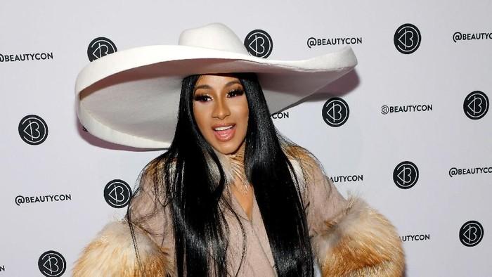 Kaki Cardi B bengkak dan batalkan agenda musik. Foto: Noam Galai/Getty Images for Beautycon