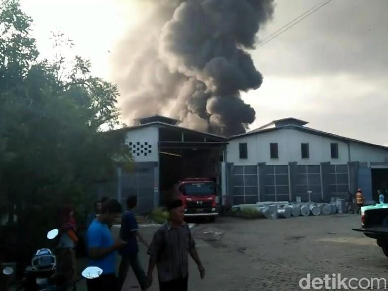 Perusahaan Bak Mandi Sebut Kerugian Akibat Kebakaran Capai Rp 18 M