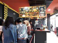 Sate Taichan Goreng: Pedas Nampol Sate Ayam Racikan Suami Rachel Vennya