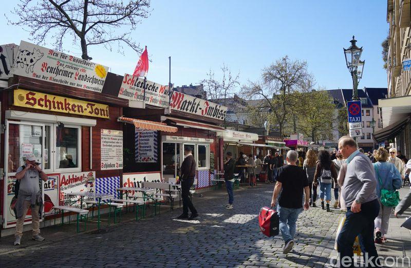 Seperti ini wujud dari Carlsplatz, pasar tradisional di Kota Dusseldorf, Jerman. Pasar ini berada di Jalan Carlstadt, dan dibangun pada 1995. (Wahyu Setyo/detikcom)