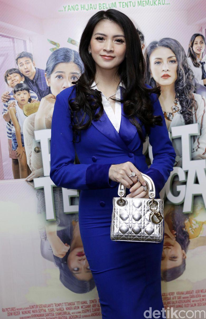 Donita saat ditemui di sebuah acara di Plaza Indonesia, Jakarta Pusat pada Senin (8/4).Pool/Palevi S/detikFoto.