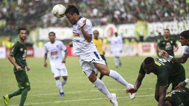 Mario Gomez Resmi Latih Arema FC di Liga 1 2020