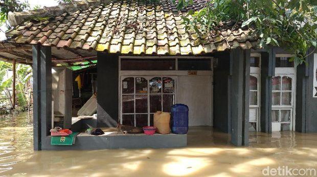 Meluas, Banjir di Indramayu Rendam Ribuan Rumah di 5 Kecamatan