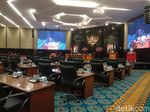 Di Depan Anies, F-PDIP DPRD DKI Kritik Anggaran Pelatihan SIM A