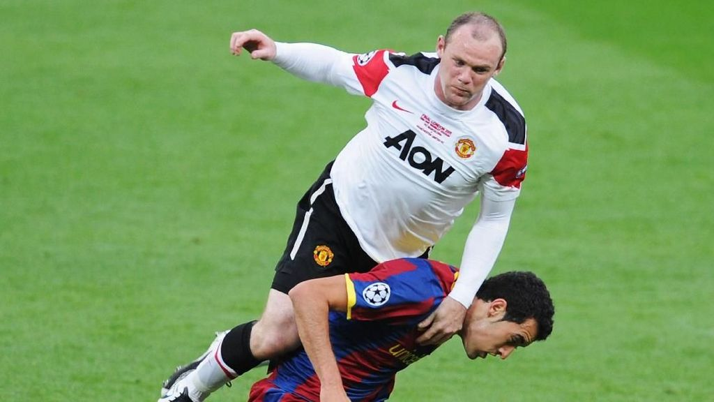 Rooney: Saya Nyaris Main Bareng Messi di Barcelona