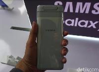 Galaxy A80 Menggoda Lewat Kamera Unik & Spek Gaming