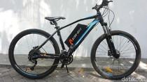 Pakai Alat Ini, Naik Sepeda Tak Perlu Digowes Lho