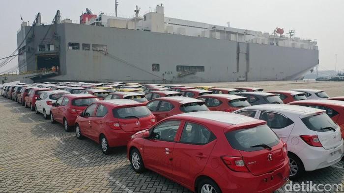 Honda mulai mengirimkan Brio buatan Karawang ke luar negeri. Pengiriman pertama mobil sudah dimulai di pelabuhan Tanjung Priok, Jakarta, 10 April 2019. Pada pengiriman pertama ini, All New Honda Brio dari Indonesia akan diekspor ke Filipina.