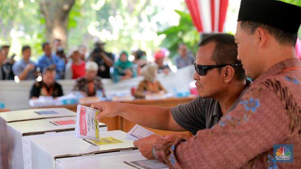 Surat Suara Tercoblos 01, Bagaimana Nasib Pemilu di Malaysia?
