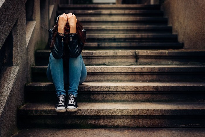ilustrasi remaja sedih