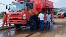 SAR Bandung Terjunkan Mobil Penjernih Air di Lokasi Banjir