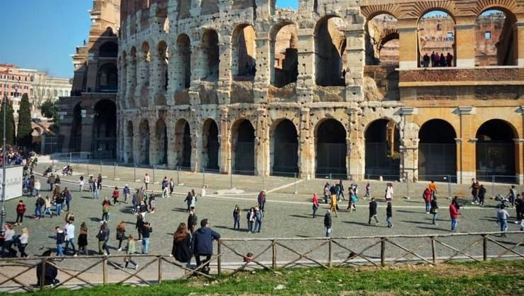 Menjelajah Kota Indah Roma di Italia