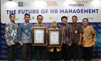 PLN Sabet 2 Penghargaan di HR Excellence Award 2019