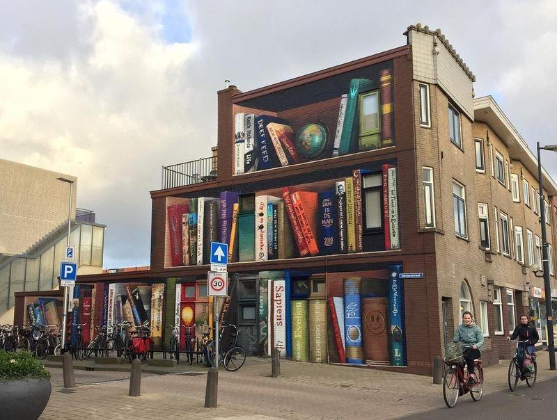 Pemandangan menarik ini menghiasi salah satu apartemen di Utrecht, Belanda. (JanIsDeMan/Facebook)