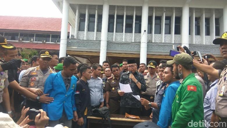 Plt Gubernur Aceh Teken Pernyataan Siap Gugat PT EMM