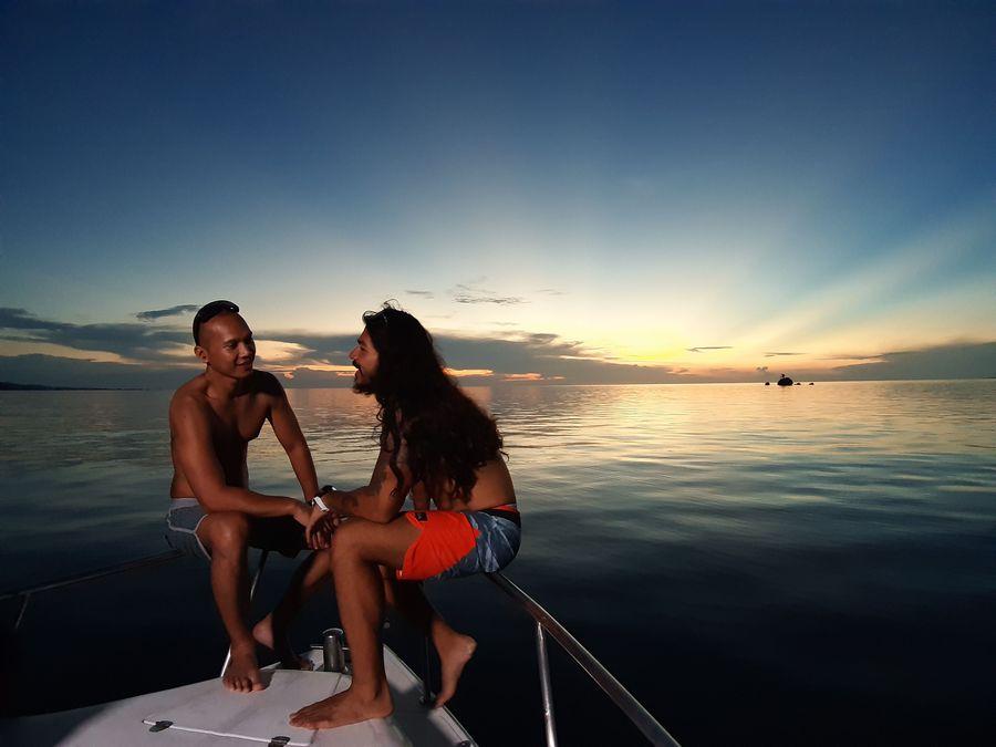 Host My Trip My Adventure (MTMA) Jeremiah Lakhuwani AKA Aquaman dan Bima Aryo mengajak traveler menyaksikan pesona surga bawah laut Taman Nasional Kepulauan Togean, Sulawesi Tengah (My Trip My Adventure)