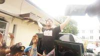 Tegang! Aksi Dorong-dorongan Ahmad Dhani dengan Petugas Usai Sidang