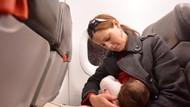 Ditegur Saat Menyusui di Pesawat, Mama Muda Curhat di Facebook