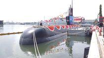 Kapal Selam Pertama Buatan Indonesia Alugoro-405 Diluncurkan