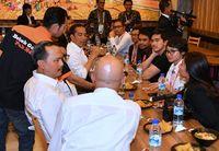 Selain di Indonesia, Para Politisi Ini Juga Sering Kulineran di Luar Negeri