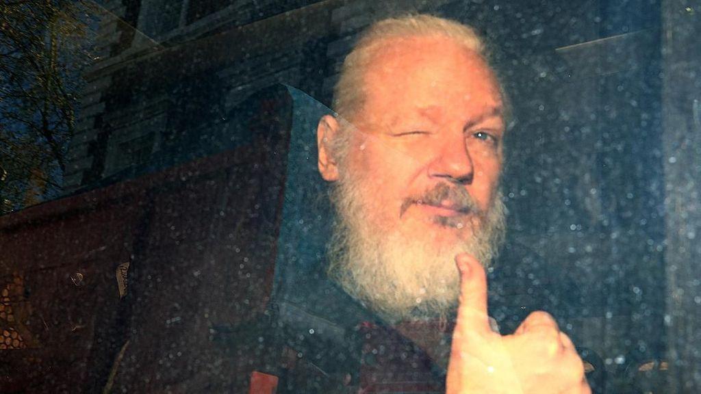 Ini 6 Pembocoran Rahasia Terbesar oleh Julian Assange