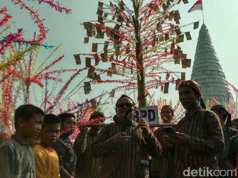 Tradisi Ruwat Desa di Krian, Sidoarjo/