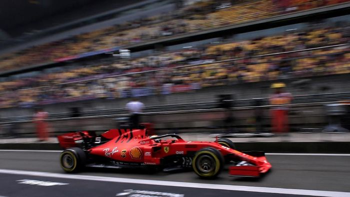 Formula One F1 - Chinese Grand Prix - Shanghai International Circuit, Shanghai, China - April 12, 2019   Ferraris Sebastian Vettel in action during practice   REUTERS/Aly Song