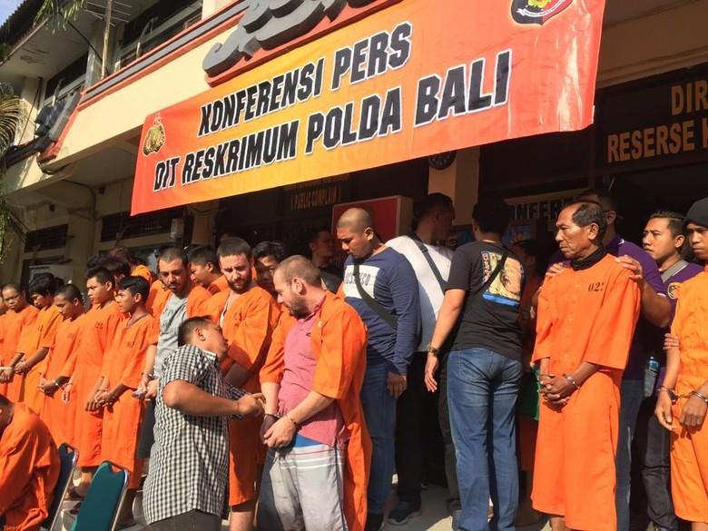 Polisi Tangkap 9 WN Bulgaria Pelaku Skimming di Bali dalam 2 Bulan