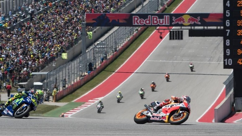 AUSTIN, TX - APRIL 23: Marc Marquez of Spain and Repsol Honda Team heads leads the field during the MotoGP race during the MotoGp Red Bull U.S. Grand Prix of The Americas - Race at Circuit of The Americas on April 23, 2017 in Austin, Texas.   Getty Images/Getty Images/AFP