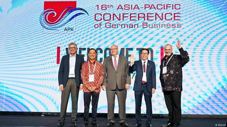 Direktur EKONID: Aturan Berbisnis di Indonesia Membingungkan Investor