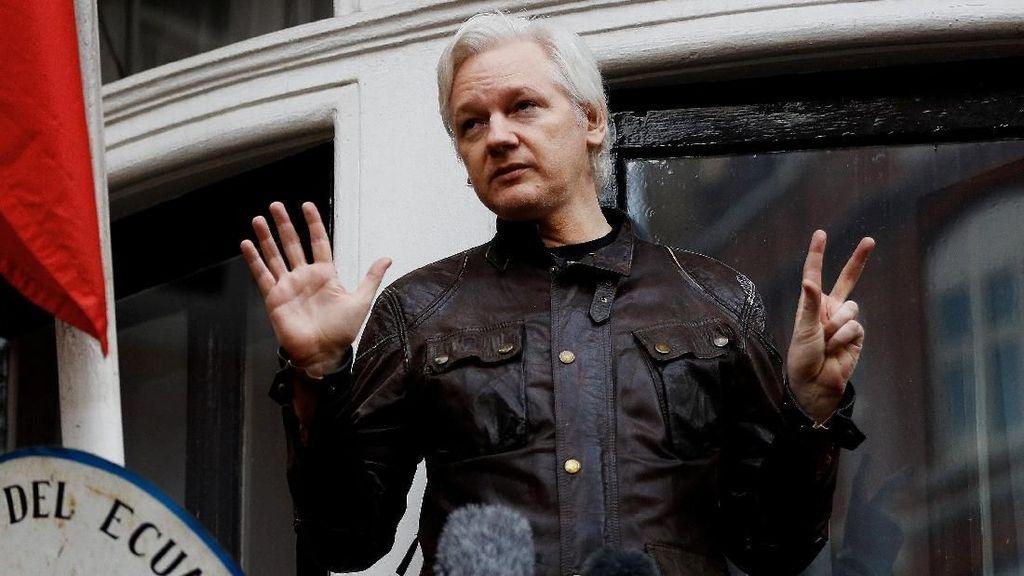 Ekuador Dilanda Serangan Cyber Usai Julian Assange Ditangkap