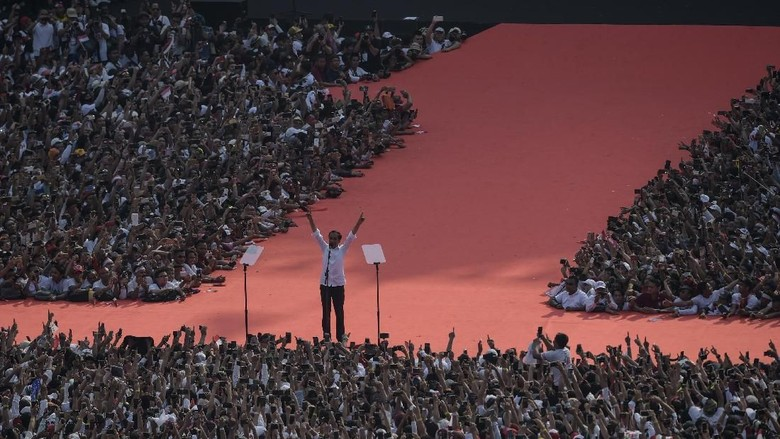 Terima Kasih Spesial Jokowi untuk JK di GBK