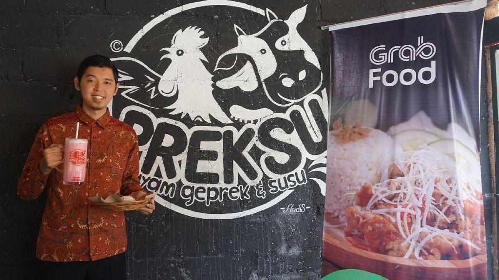 Panas Membara! Preksu Sajikan Ayam Geprek Pedas Berkali Lipat