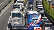Tol Dalam Kota Jakarta dan JORR Macet Parah