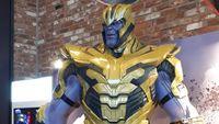 Thanos Berbaju Zirah Jadi Rebutan Foto di Seoul