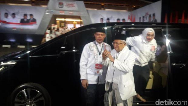 Ma'ruf Amin tiba di Hotel Sultan