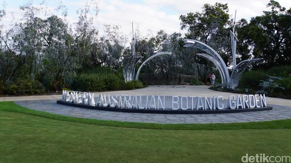 Akses masuk ke Botanical Garden. Ini adalah rumah bagi lebih dari 12.000 spesies bunga liar yang dihimpun menjadi taman indah, yang dipamerkan setiap musim semi (Ahmad Masaul Khoiri/detikcom)