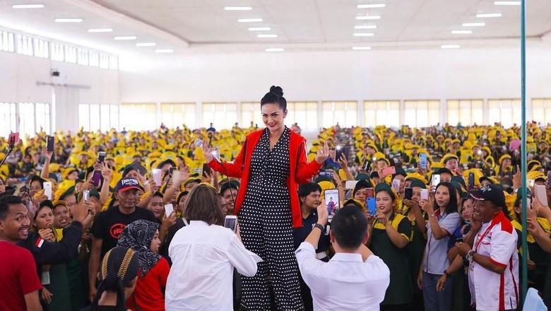 Krisdayanti Temani 2 Caleg Petahana PDIP ke Senayan
