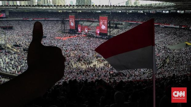 Stadion GBK Penuh, Massa Jokowi Masih Tertahan di Luar
