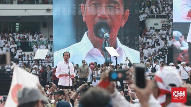 Capres petahana Jokowi memiliki program bagi warga yang belum memiliki pekerjaan, yakni kartu prakerja.