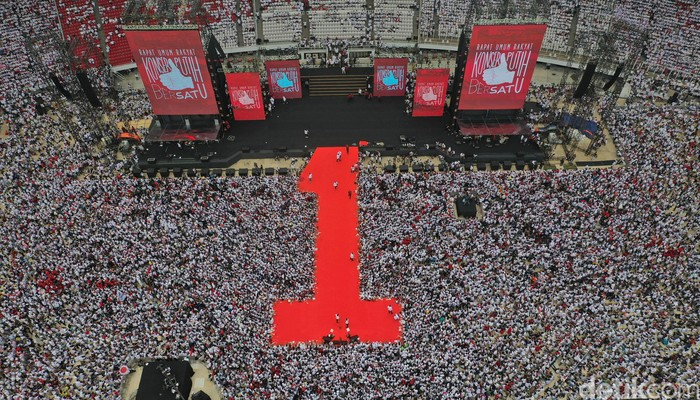 Kampanye Jokowi di GBK (Foto: pol.)