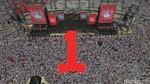 Jokowi-Prabowo Lewat! Hebohnya Pelukan Maia dan Ahmad Dhani di HUT Al
