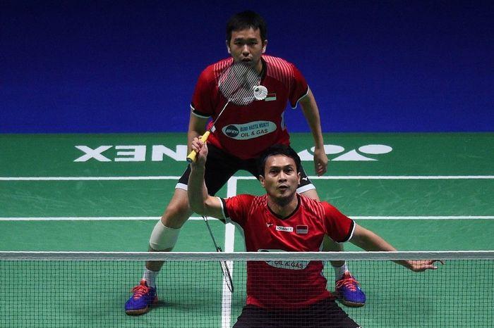 Hendra Setiawan/Mohammad Ahsan gagal juara di Singapura Terbuka 2019. (Foto: Oli Scarff / AFP)