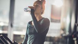 Berapa Gelas Air yang Harus Diminum Saat Bangun Tidur di Pagi Hari?