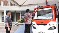 Mobil Pedesaan Jadi Ambulans di Banten