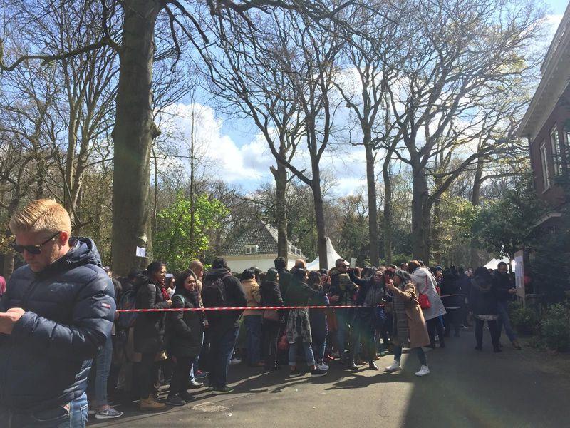 Para WNI di Belanda melakukan pemungutan suara langsung melalui TPS Sabtu, 13 April 2019 kemarin (Istimewa/Puspita)