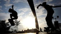 Main Skateboard di Trotoar, Anak Skate di Bali Dihukum Denda Rp 100 Ribu