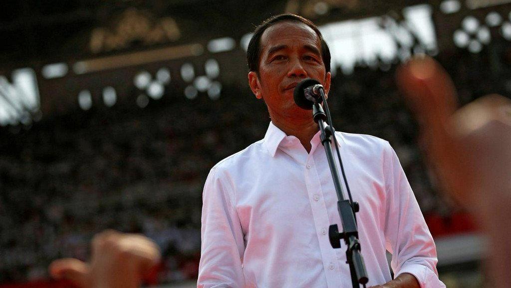 Neraca Dagang Terparah Sejak Merdeka, Jokowi: Memang Persoalan Besar